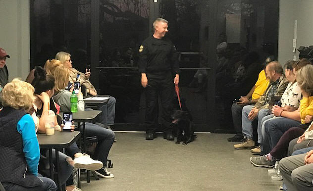 Lt. Cox and K9 Kai talking to Citizens Academy class